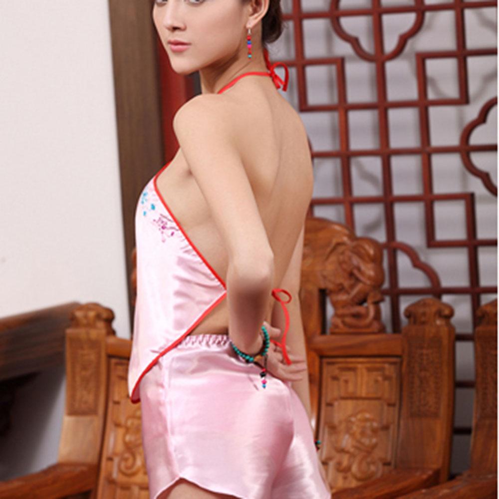 环形梅花款刺绣肚兜(粉色)